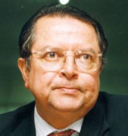 ROBERTO MACEDO, ECONOMISTA